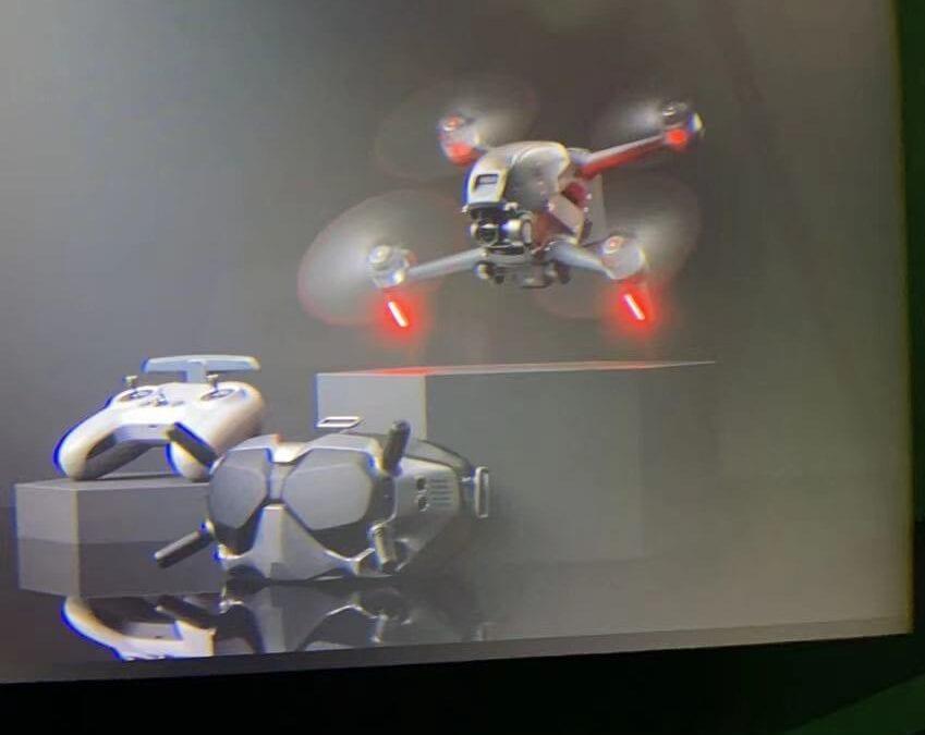 DJI FPV Drone: ΠΕΤΩΝΤΑΣ ΣΥΜΦΩΝΑ ΜΕ ΤΗΝ ΚΙΝΗΣΗ ΧΕΡΙΩΝ-ΣΩΜΑΤΟΣ (Somatosensory Control)