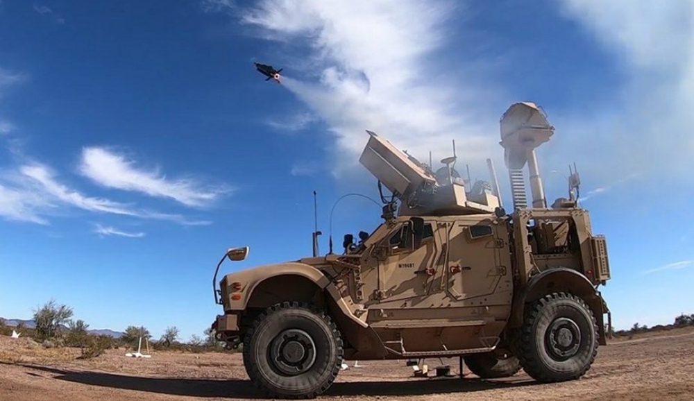 Coyote: ΤΟ ΔΡΑΣΤΙΚΟ ΠΥΡΟΜΑΧΙΚΟ ΜΗ ΚΙΝΗΤΙΚΗΣ ΕΝΕΡΓΕΙΑΣ ΕΙΝΑΙ ΑΠΟΤΕΛΕΣΜΑΤΙΚΟ ΚΑΤΑ ΑΠΕΙΛΗΣ ΑΠΟ ΣΜΗΝΟΣ DRONES