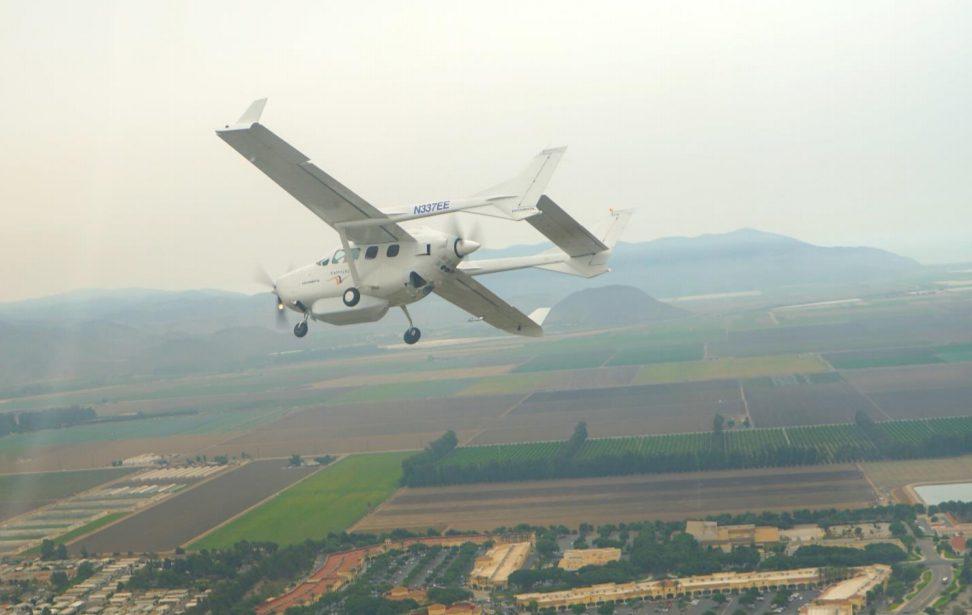 ΝΟΤΙΟΔΥΤΙΚΗ ΑΓΓΛΙΑ-Ampaire: ΠΤΗΣΕΙΣ ΔΟΚΙΜΩΝ ΓΙΑ ΤΟ Cessna 337 Skymaster (EEL) ΥΒΡΙΔΙΚΗΣ ΤΕΧΝΟΛΟΓΙΑΣ